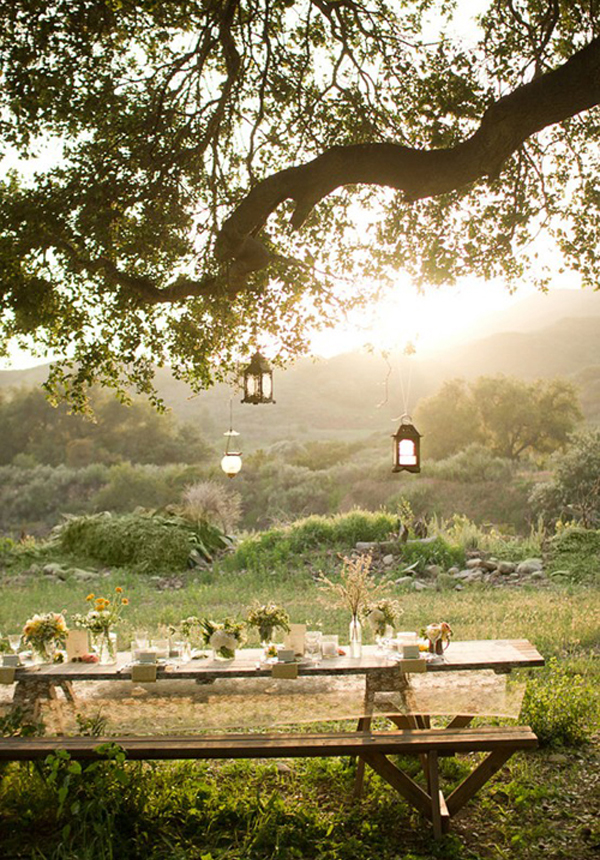 wedding reception ideas - intimate outdoor wedding picnic style