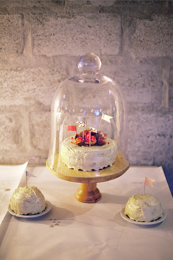 wedding table ideas, wedding reception ideas, bell jars, cloches, cake