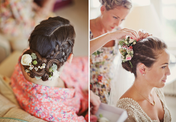 http://lucysaysido.com/wp-content/uploads/2012/06/wedding-hair-flowers-lucysaysido.jpg