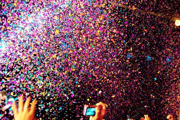 Gallery For gt Throwing Confetti Gif