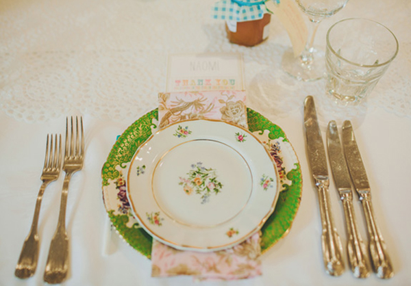 Wedding table decoration idea - pretty place settings