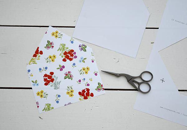 lucy says I do envelope liner DIY