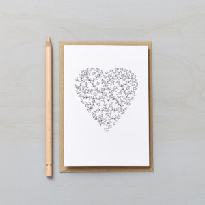 Lucy says I do greetings cards_daisy chain heart