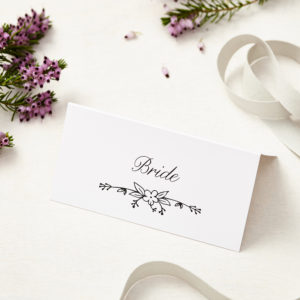 Lucy says I do daisy chain wedding place card003
