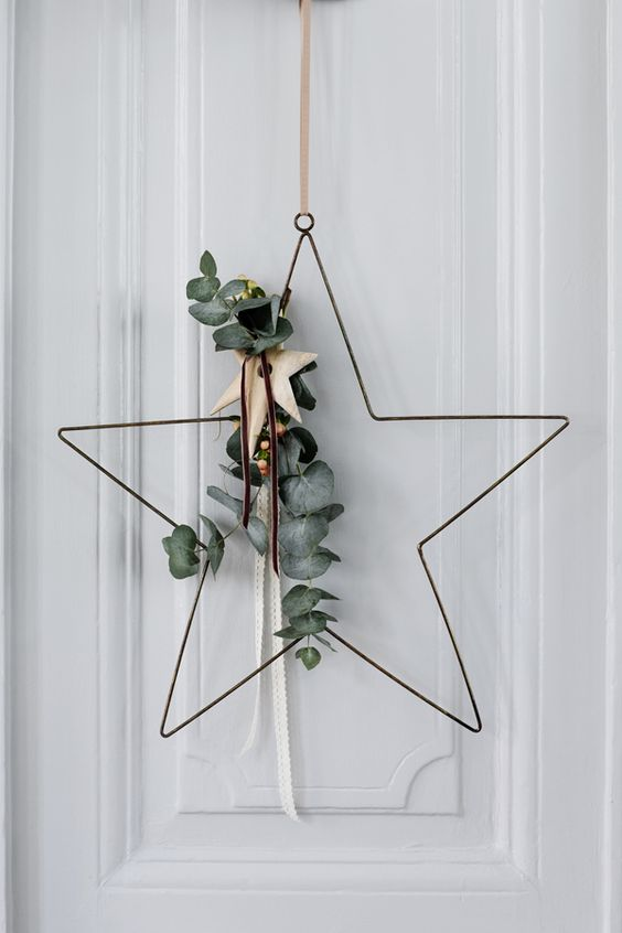 simple-elegant-christmas-star-wreath