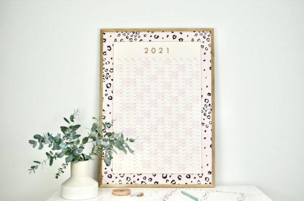 2021 year planner pink leopard print