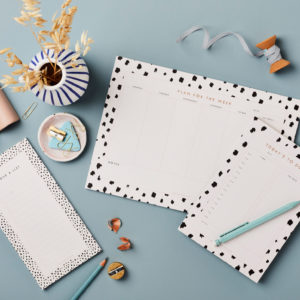 stationery bundle Desktop Stationery Bundle 1 – Week planner, Day Planner, Jotter