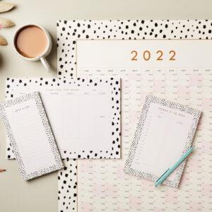 stationery bundle Get Organised Stationery Bundle 2 – Wall Year Planner, Week Planner, Day Planner, Jotter sm